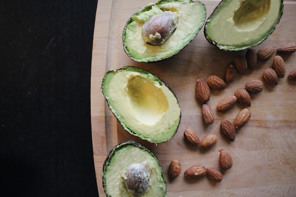avocado-almonds